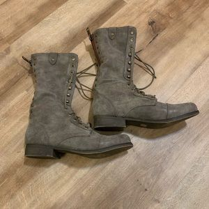 Madden Girl Gray Lace Up Boots Size 7.5